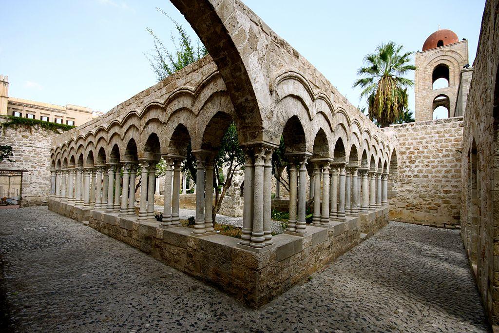 1024px-cloister_of_san_giovanni_degli_eremiti1991